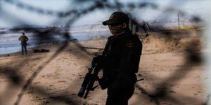 ABD, Meksika sınırına 2 bin 100 ilave asker sevk ediyor