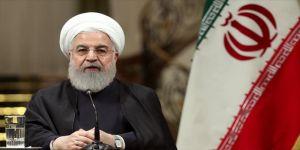 Ruhani, Fransa Cumhurbaşkanı'ndan 'ABD ile ateşkes sağlamasını' istedi