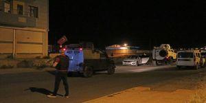 Zırhlı polis aracına saldırı