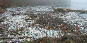Endonezya okyanuslara en çok plastik atık bırakan ikinci ülke