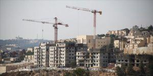İsrail'den 2 bin 300 yasa dışı konut inşasına onay