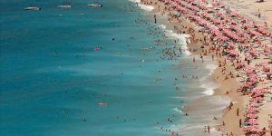 Bayramda 10 milyon kişi 10 milyar TL'lik tatil yapacak