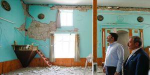 Çevre ve Şehircilik Bakanı Kurum deprem bölgesinde