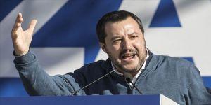 Salvini: Başbakan Conte'ye 'güvensizlik oyu' vereceğiz