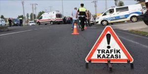 Nevşehir'de tır ile minibüs çarpıştı