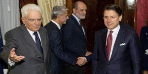 İtalya'da Başbakan Conte Cumhurbaşkanı'na istifasını sundu