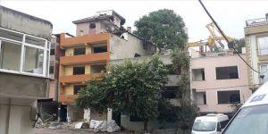 Kağıthane'deki riskli binaların yıkımı sürüyor