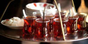 Çay ocağında hırsızlık yaptılar