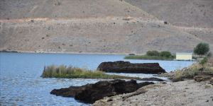 Adıyaman'daki 'yüzen adalar'ın bir kısmı kıyıyla birleşti