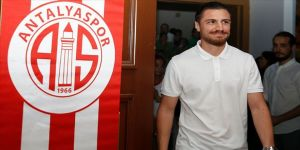 Antalyaspor'da Zeki Yıldırım ile yollar ayrıldı