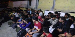 Bin 119 düzensiz göçmen yakalandı