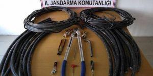 Kablo hırsızları yakalandı