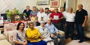 Diyarbakır annelerinin oturma eylemine Antalya'dan destek