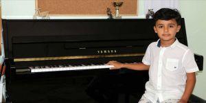 Küçük piyanist Doğu'nun büyük hedefi