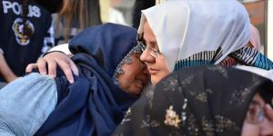 Bakan Selçuk'tan Diyarbakır annelerine ziyaret