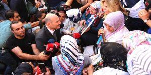 Bakan Soylu'dan Diyarbakır annelerine ziyaret