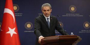 'Mısır'da darbeyle iktidara gelenlerin Türkiye'de demokrasiyi eleştirmesi trajikomiktir'