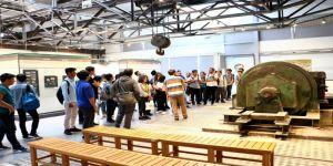 Tıp öğrencileri Kağıt Müzesi'ne hayran kaldı