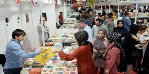 5. Sultanbeyli Kitap Fuarı kapılarını ziyaretçilere açtı