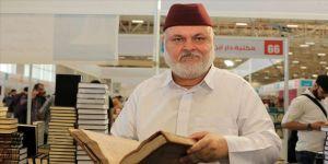 Suriyeli koleksiyoner el yazma eserlere yeniden hayat veriyor