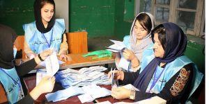 Afganistan'da seçim bitti, tartışmalar bitmedi