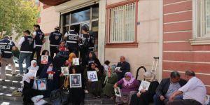 HDP insanları kandırmayı bıraksın'