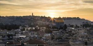 Kudüs duvarlarla adeta kamplara dönüştürülmüş durumda'