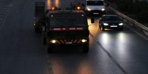 Suriye sınırına komando ve askeri araç takviyesi yapıldı