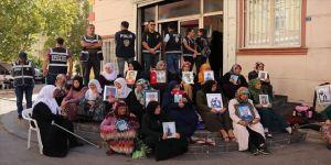'HDP oğlumuzu bıraksın'