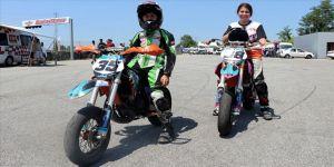 Yunanistan'da 12 Türk motosikletçi piste çıkacak