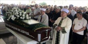 Eski AA çalışanlarından Adnan Çağlayan'ın cenazesi toprağa verildi