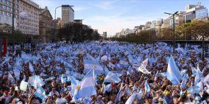 Arjantin'de 'Milyonun yürüyüşü' etkinliği düzenlendi
