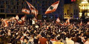 Lübnan'da göstericilerden genel grev ve protestolara devam çağrısı