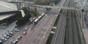 Cadde de cepler açılıyor trafik rahatlıyor
