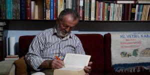 Koyuncu baba' okuma aşkıyla yaklaşık 45 bin kitap biriktirdi