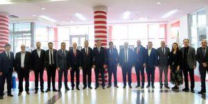 KOTO'nun Atatürk Sergisi'ne hayran kaldı