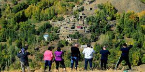 Fotoğraf tutkunları 'Hizan'a hayran kaldı