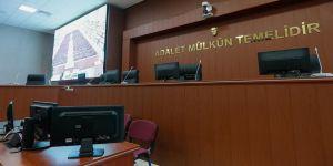 Eski Yargıtay 8. Ceza Dairesi Başkanı Sedat Bakıcı hakim karşısında