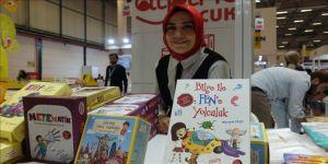 Eğitimci yazar Meryem Taşçı 10 yıla 60 kitap sığdırdı
