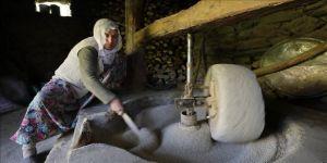 Kursunç pirinci 150 yıllık değirmende öğütülüyor