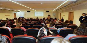 Lisansüstü Eğitim Semineri Düzenlendi
