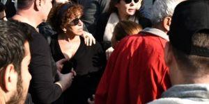 Yıldız Kenter'in cenazesinde vatandaşla tartıştı