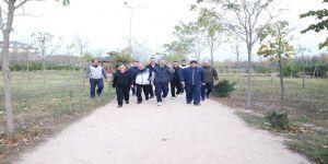 Başkan Çiftçi muhtarlarla yürüdü