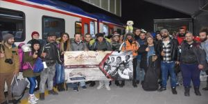'Yardım seferberliği' için Doğu Ekspresi ile Kars'a geldiler