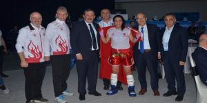 Dünya Kick Boks Şampiyonası'nda Türk sporculardan altın madalya