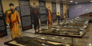 Amasya'daki mumyaların gerçek hayattaki görünümleri resmedildi