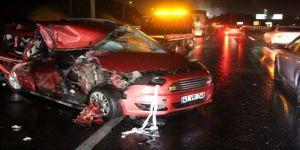 Dilovası TEM Otoyolu'nda feci kaza: 1 ölü, 5 yaralı
