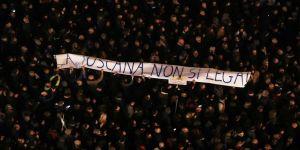İtalya'da 'Sardalyalar' bugüne kadarki en büyük mitingini gerçekleştirdi