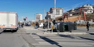 Gebze'de araç takla attı !