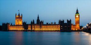 İngiltere'de anketlere göre iktidar partisi önde